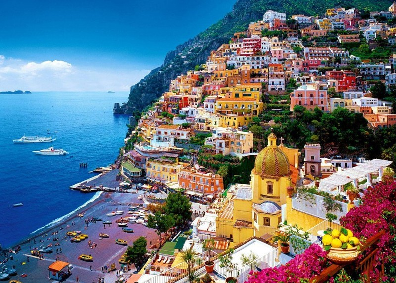 Naples — online booking air tickets on Tripway.com